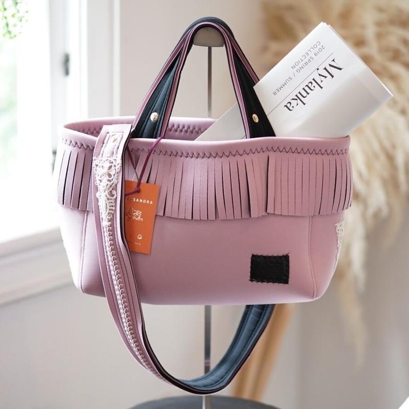 Loss Sandra/fringe tote bag「lace」Baby pink