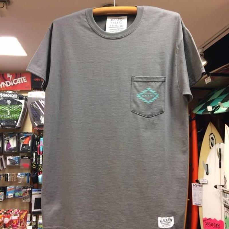 BlackFlys(ブラックフライ)NewnavajoPoket Tシャツグレー