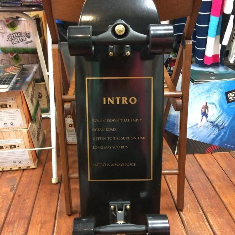 INTROskateboards(イントロスケートボード)CT-X BlackWord 32inch