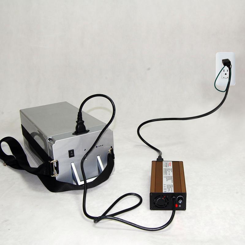 FUTE 専用充電器(追加購入)