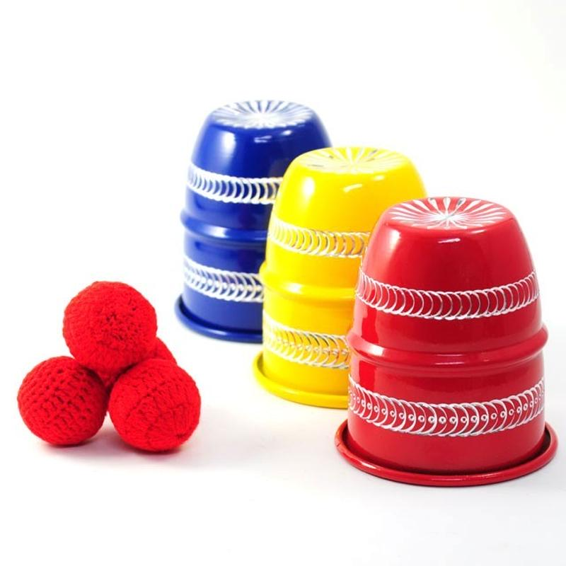 ★手品・マジック★ 3色カップ&ボール(アルミ製)★M8832