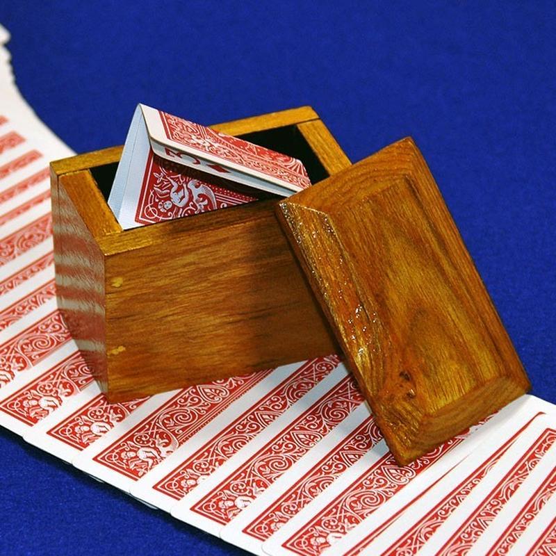 ★手品・マジック★ 木箱から出現するカード★W5203