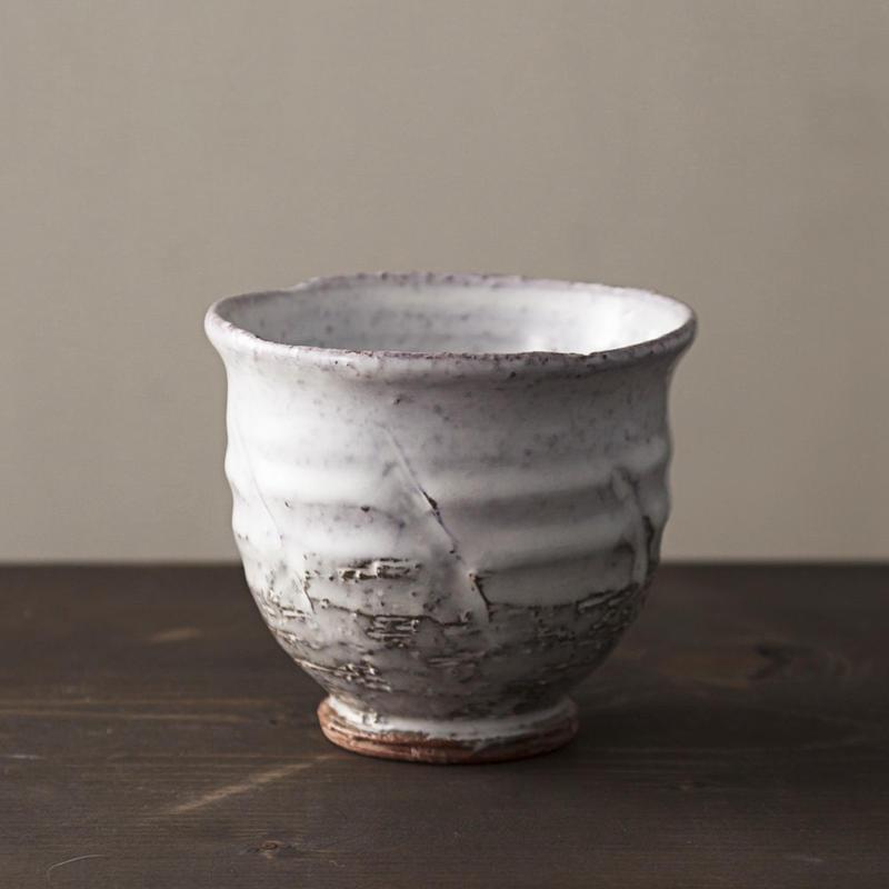 ◆◇陶器 萩焼 輪花◆◇ 白萩湯呑茶碗 中村國輔