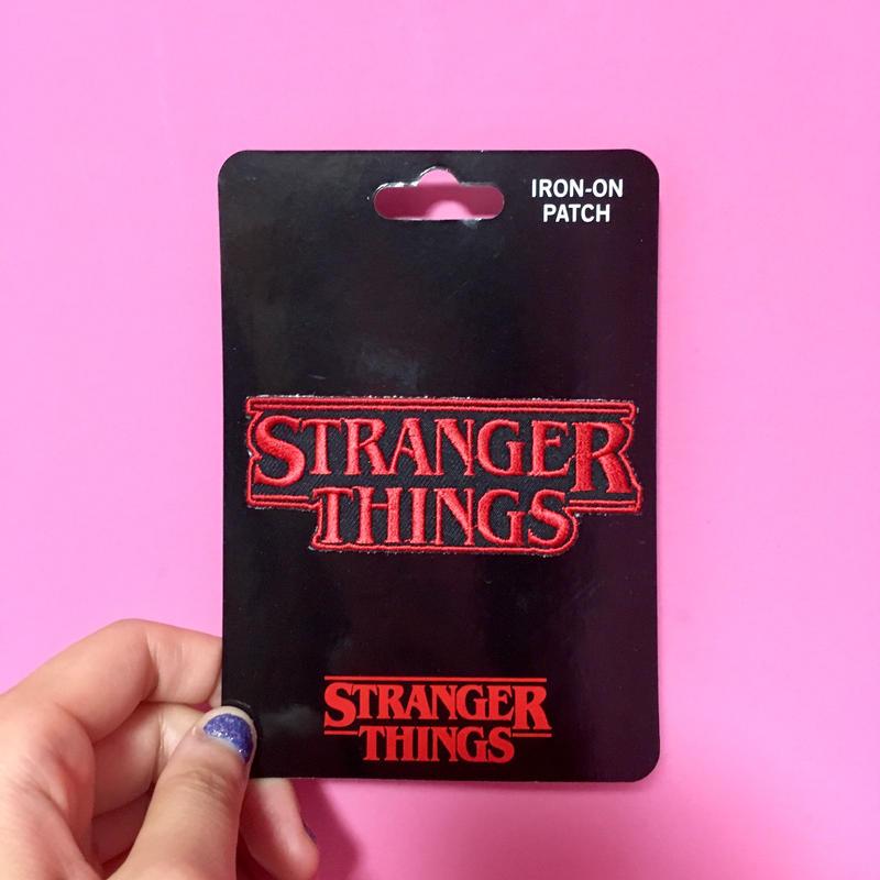 ストレンジャーシングス アイロンワッペン STRANGER THINGS IRON-ON PATCH