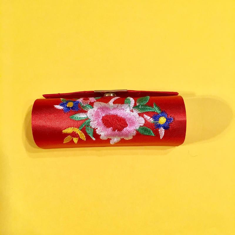 口紅ケース 台湾 刺繍 赤