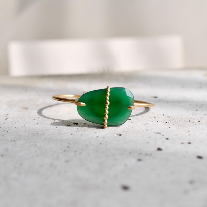 Green onyx dot bangle