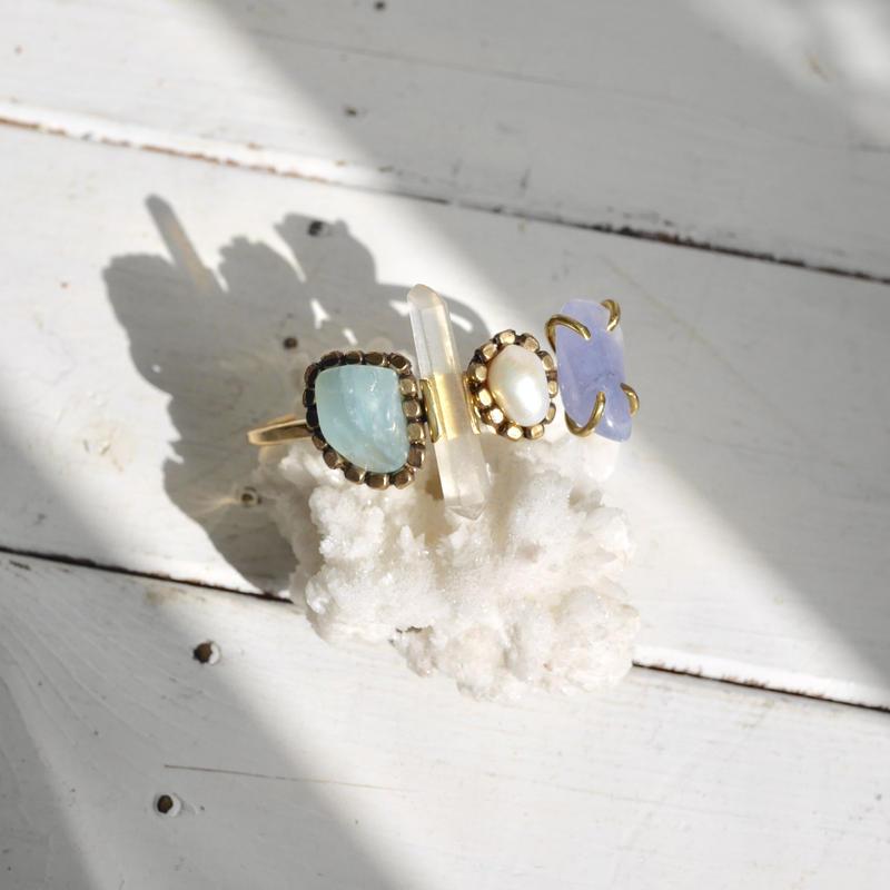 「Beryl×Crystal×Freshwater pearl×Sea blue chalcedony」Gemstones bangle