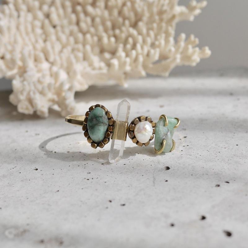 「Emerald×Crystal×Fresh water pearl」Gemstones bangle