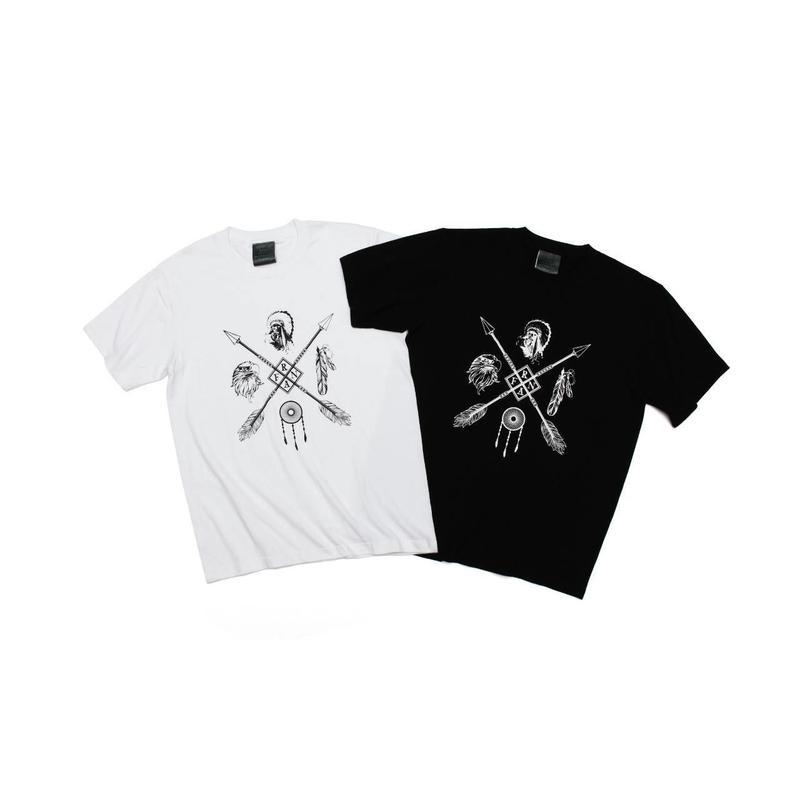 1st anniversary 4 logo's T-shirt