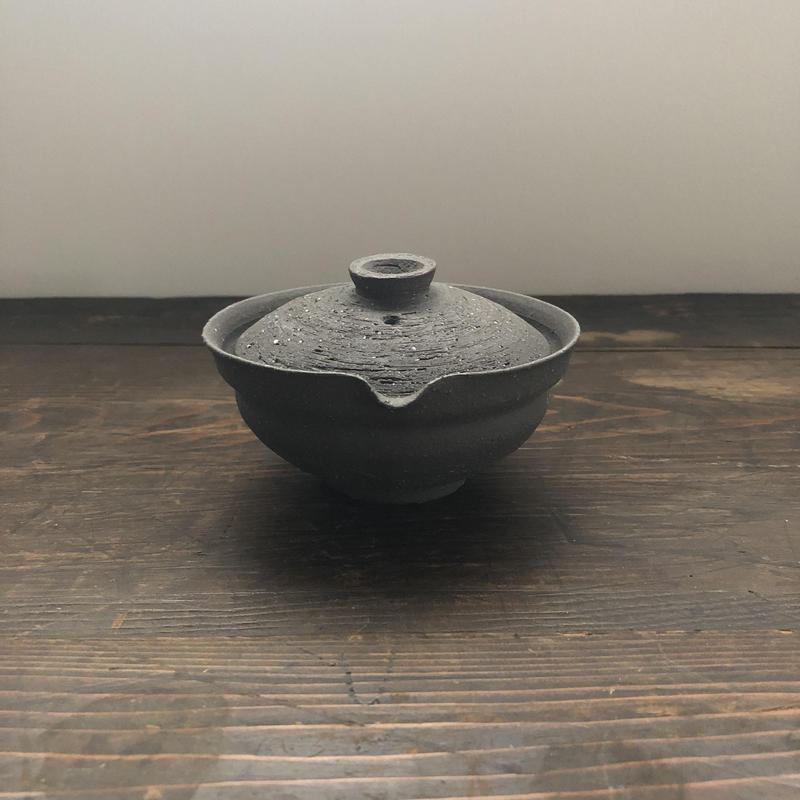 好信楽 祿 別注  枝月窯  黒土焼締宝瓶  STONE