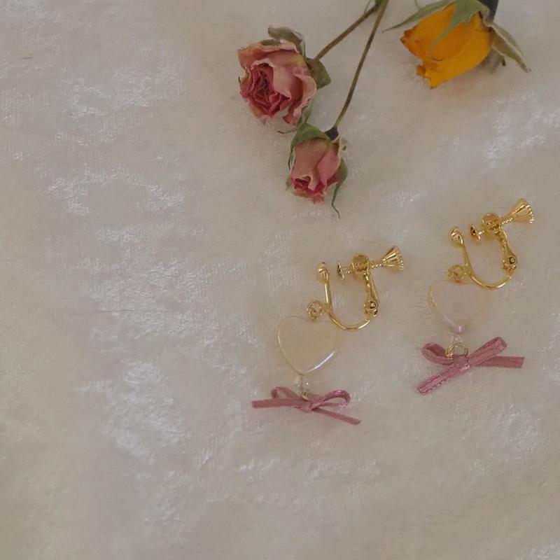 淡水パール heart × ribbon  イヤリング