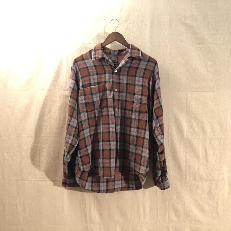 Vintage check pattern shirt