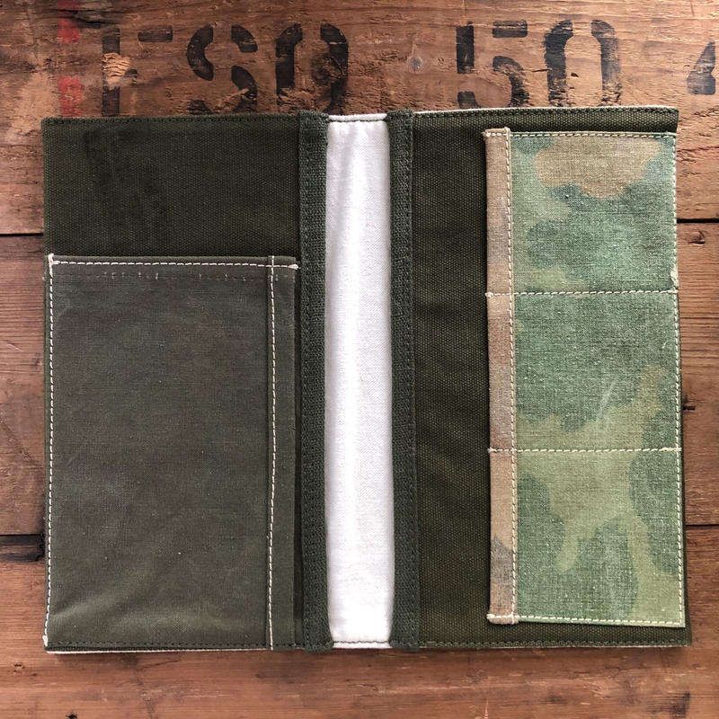 Vintage military travel organizer