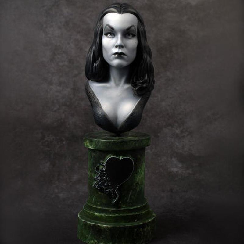 Vampira  1/7scale Bust  kit【取り寄せ】