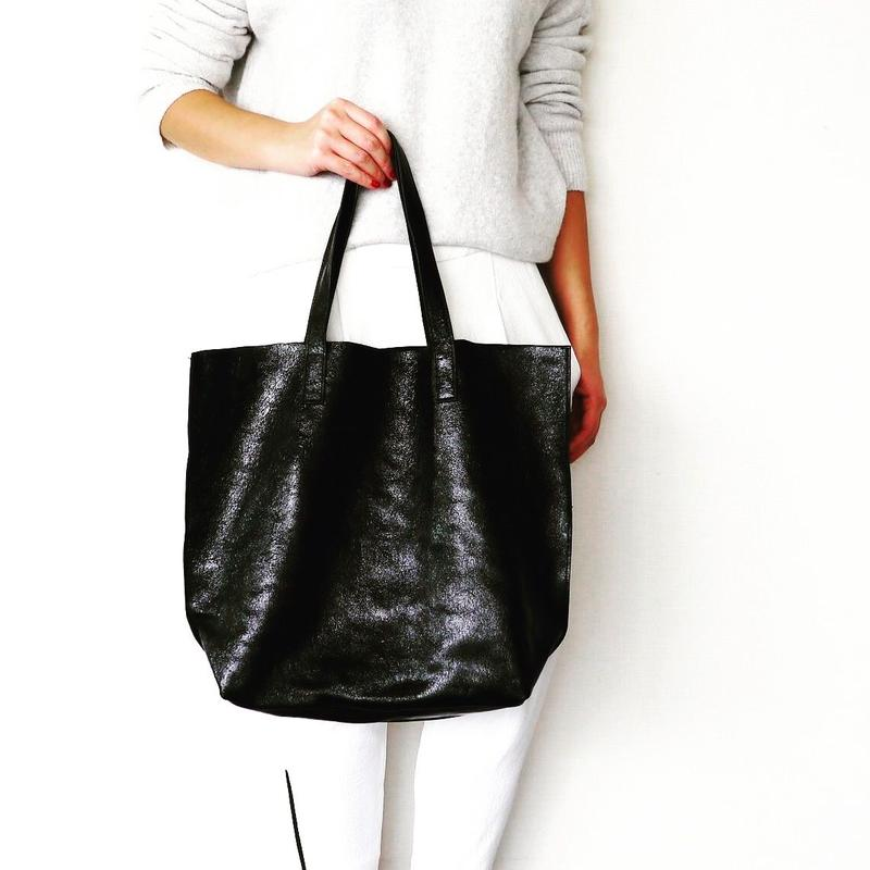 METALLIC LEATHER TOTEBAG - DeepBlack