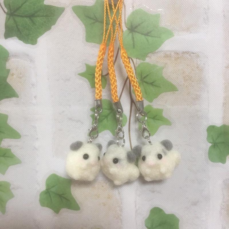 【❤︎春子❤︎】羊毛フェルトストラップ