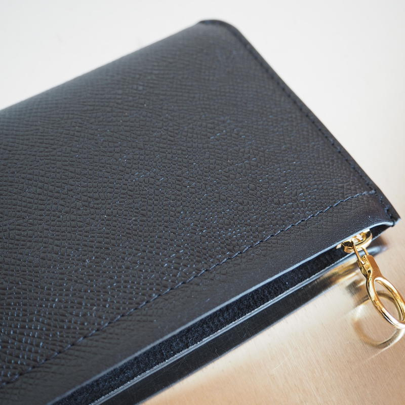 "Aeta ""BI04 WALLET M"" Black/Gold"