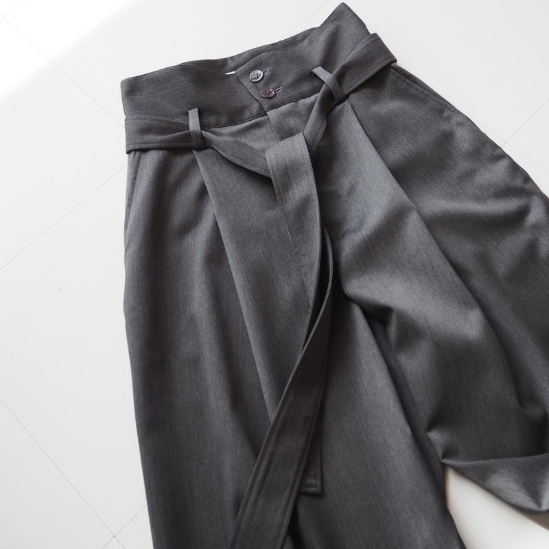 "Graphpaper ""Rayon Satin Stretch Belted Pants""   women"