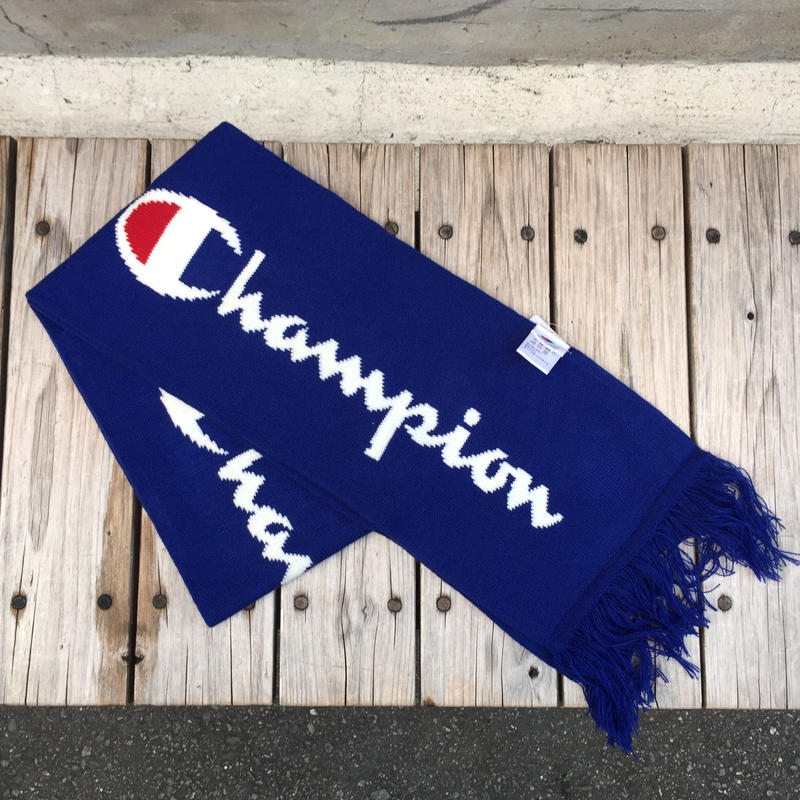 【残り僅か】Champion BIG LOGO SCARF (Blue)