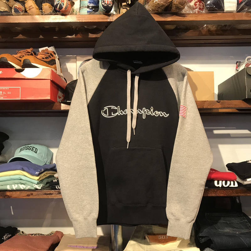 【ラス1】Champion logo raglan hoodie (Black)