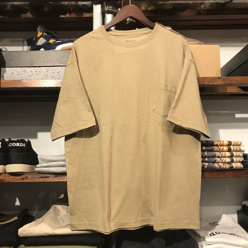 【残り僅か】RUGGED big size pocket tee (Beige/5.6oz)