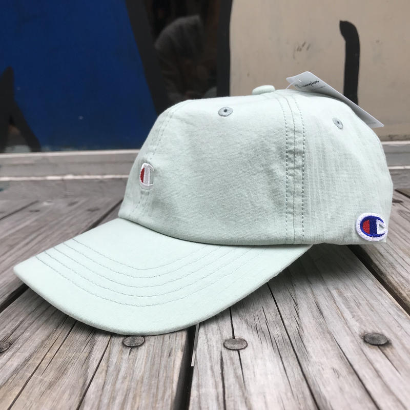 "【残り僅か】Champion ""C"" logo stripe adjuster cap (Light Blue)"