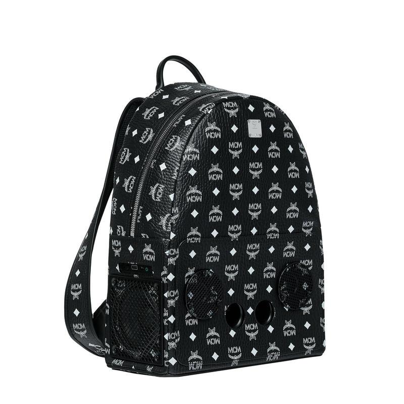 【Exclusive】MCM × wizpak speaker backpack (Black)