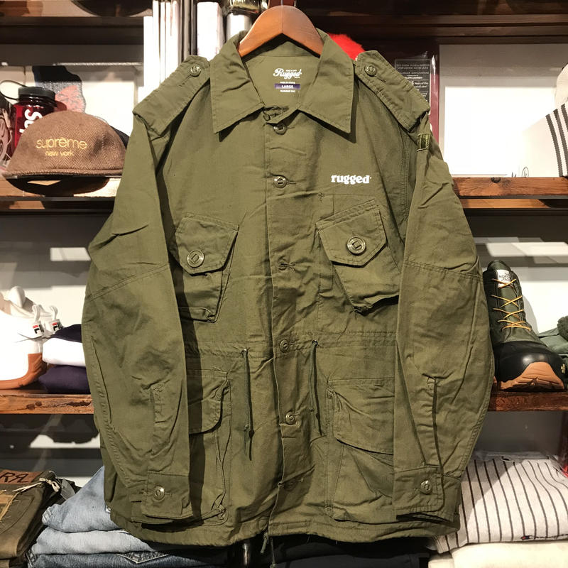 "RUGGED on vintage ""Stencil Arch"" military jacket (L) ②"
