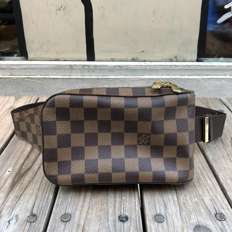 LOUIS VUITTON Jeronimos Damier
