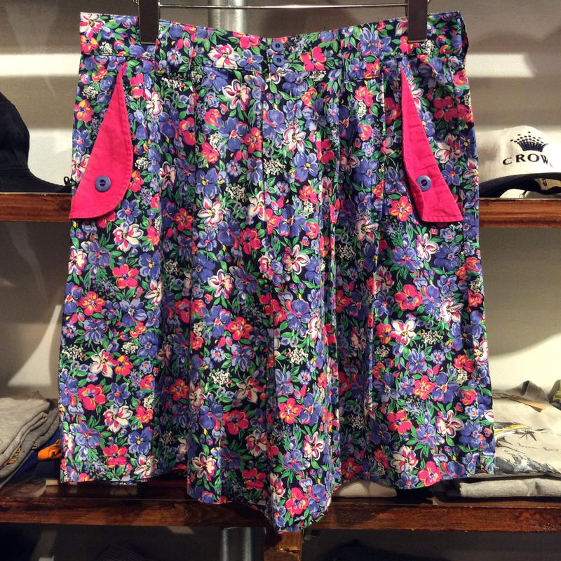 Bette&Court flower pattern shorts