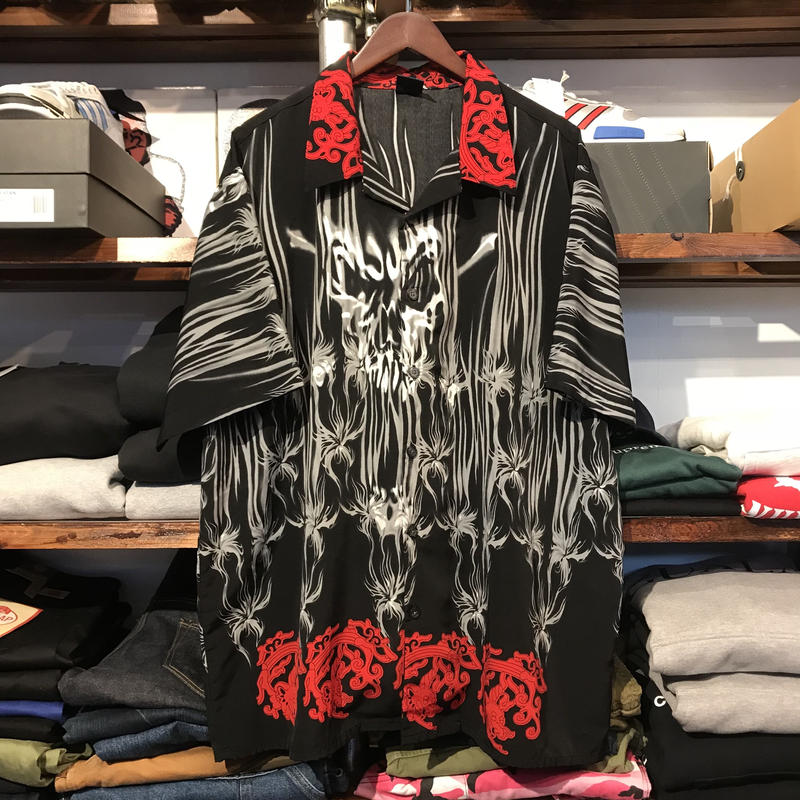 R2 abstract graphic shirt (XL)