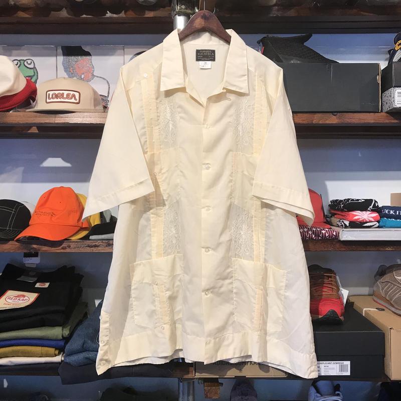GUAYABERA YUCATECA mexican shirt (50)