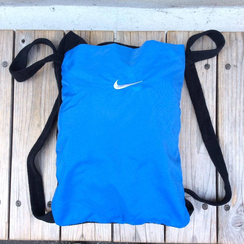 NIKE packble fleece blanket backpack