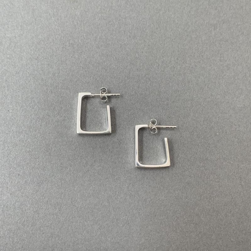 squares pierce