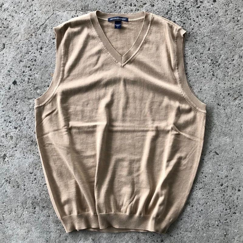DEVON & JONES V NECK KNIT VEST - KHAKI