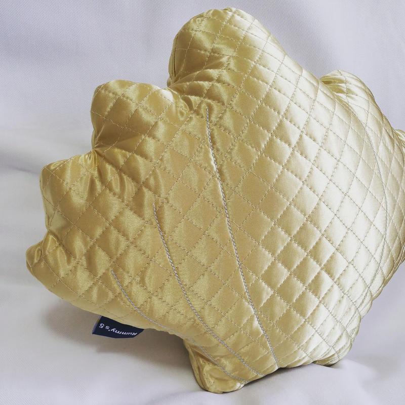 Shell Cushion. キルティング シェルクッション ♡