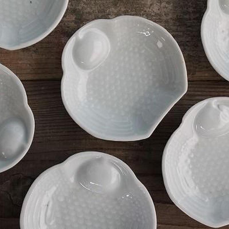 品番 t-0303 福良雀 白磁小皿