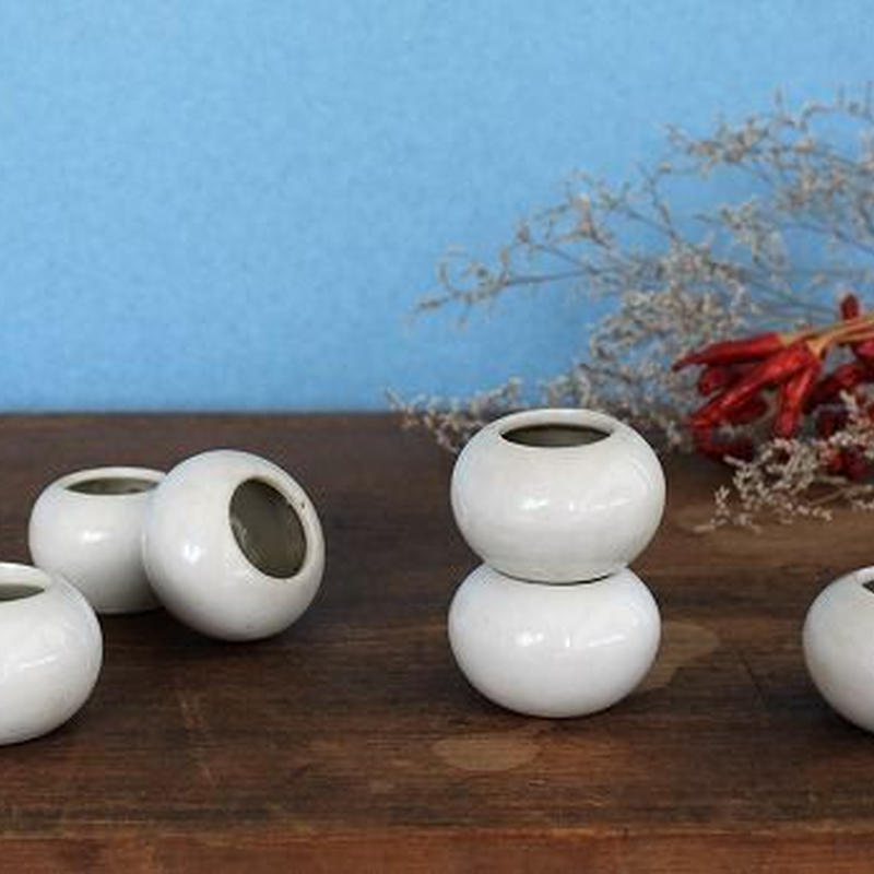 品番 t-0324 白磁 小壺 ミニ