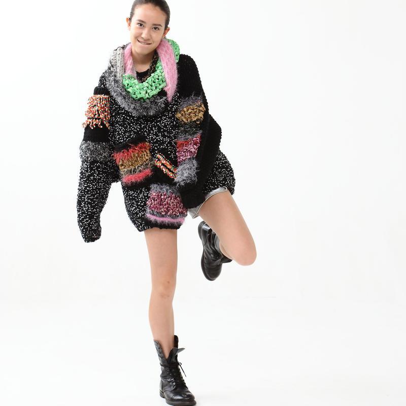 Textile Mix Volume Knit < Black >
