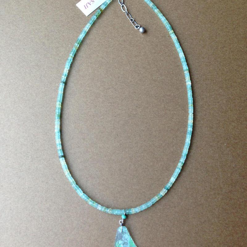 古代発掘銀化グラス ローマングラスのネックレス