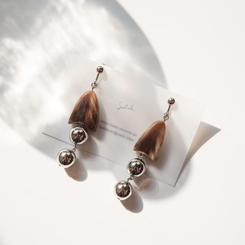 Buffalo Ball Earring  (ピアス/チタンピアス変更可)