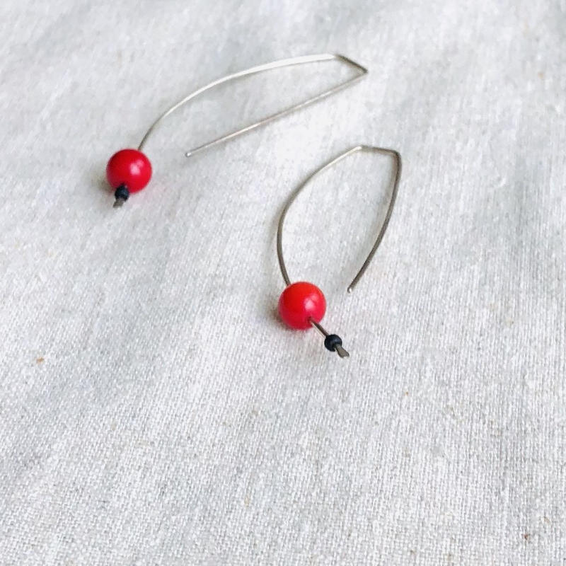 cinq / Eclips  earring / silver with coral  / シンク / シルバー/ 珊瑚ピアス