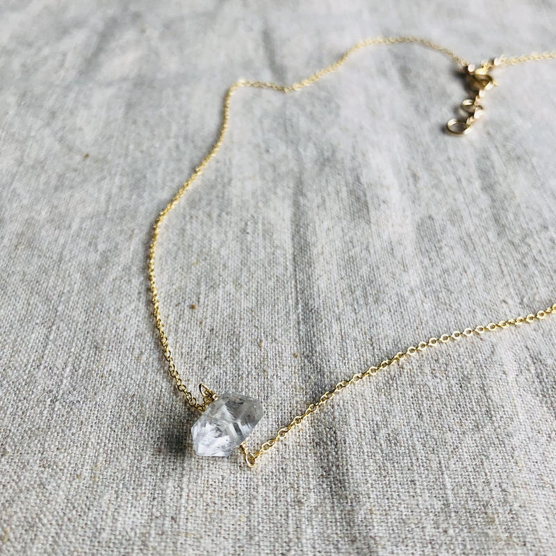 Ishi jewelry / natural stone necklace / crystal quartz / 14kgf