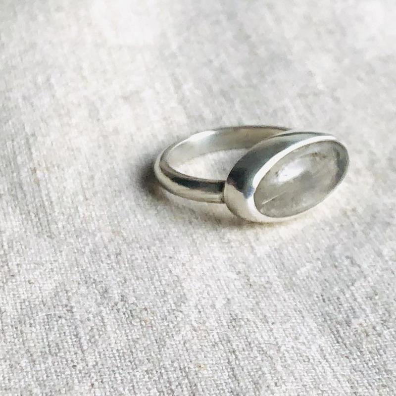Ishi jewelry / natural stone ring / Rutile quartz / silver ring / イシジュエリー /針水晶