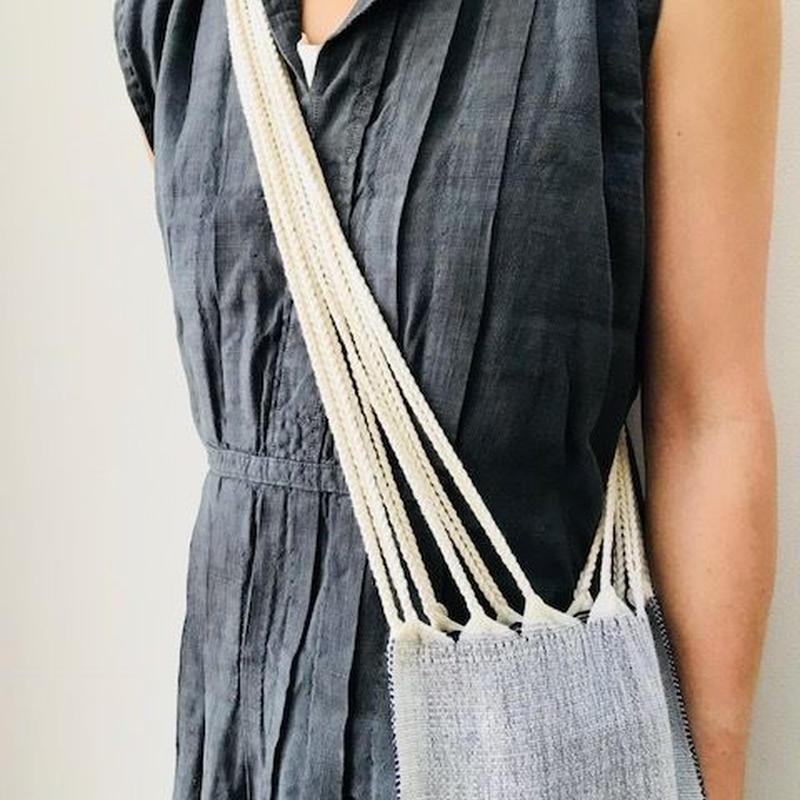 pips / cotton hand woven  hammock bag /One shoulder bag / white  x black /  ピップス / コットン ハンモックバッグ