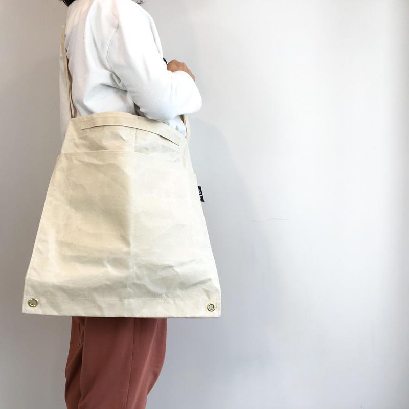 square sholder bag  生成り