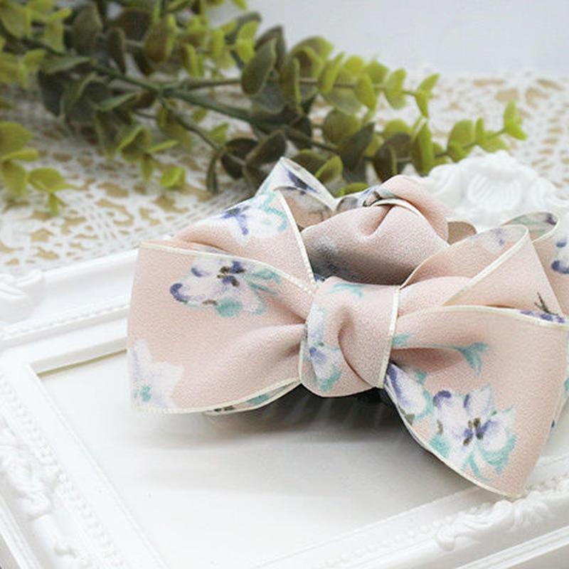 挟むだけで簡単!淡いピンク+花柄のバンスクリップb036