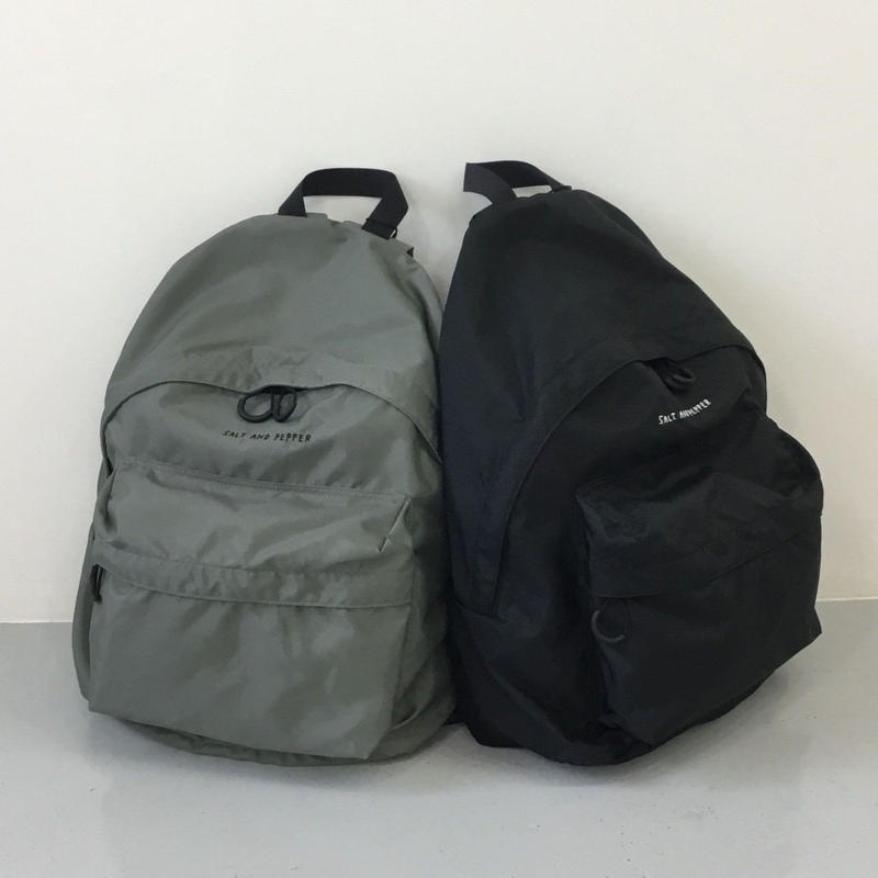 SALT AND PEPPER DAY PACK