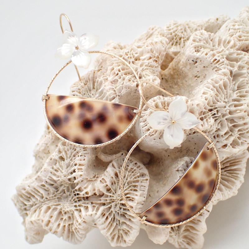 tiger  shell  hoop pierce