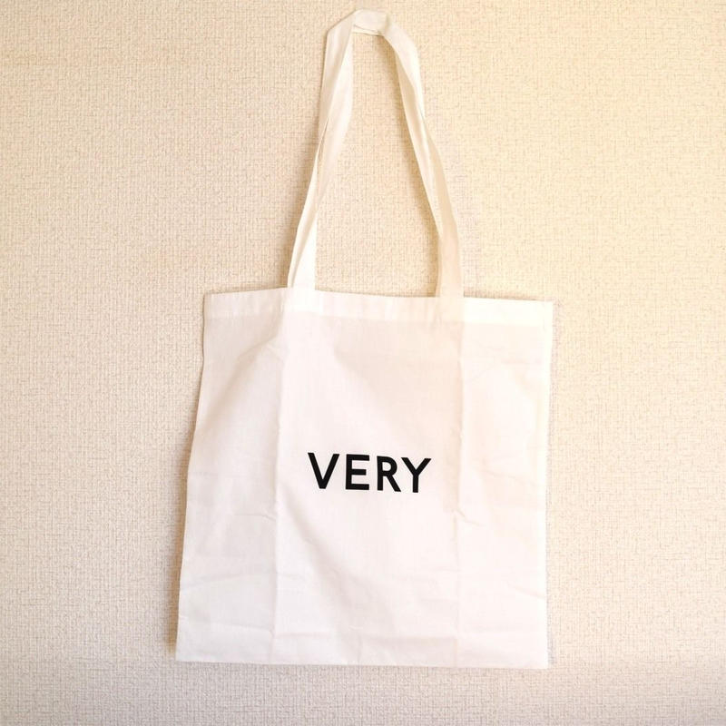 VERY TOTE